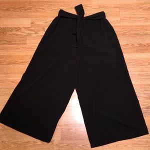 Flowy black dress pants/culottes
